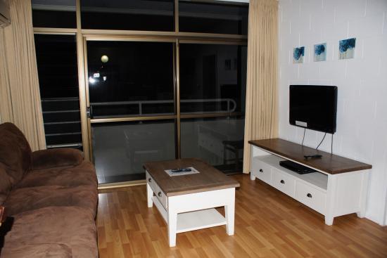 Cascade Gardens: Living room in suite