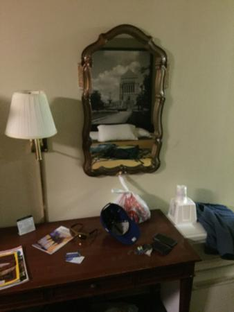 Super 8 Indianapolis South: Hotel is old ,stinky and very dirty and outdated. Ended up staying here because every hotel in I
