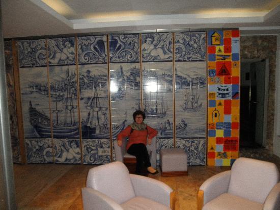 Hotel Lisboa Tejo: Na recepção