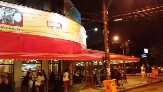 Bar e Restaurante Hipódromo: Hipódromo noite de quinta-feira.