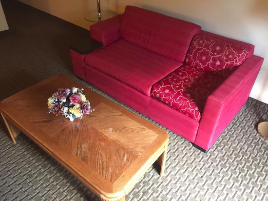 Sun Prairie, WI: Couch thingy