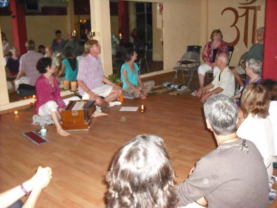 Yoga Vallarta: Kirtan with Bart Smit