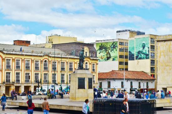 Monumento a Simon Bolivar