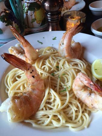 Gamberetti alla Griglia..shrimp as big as you fist! (Almost)