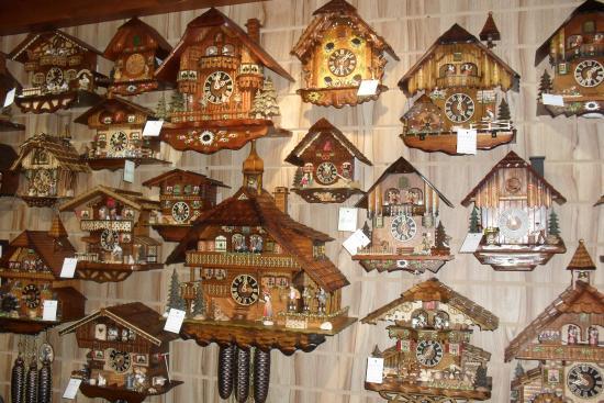 33bd8dd3819 Kukos Importadora  Arte alemã em fabricação de cucos. Trabalho totalmente  artesanal.