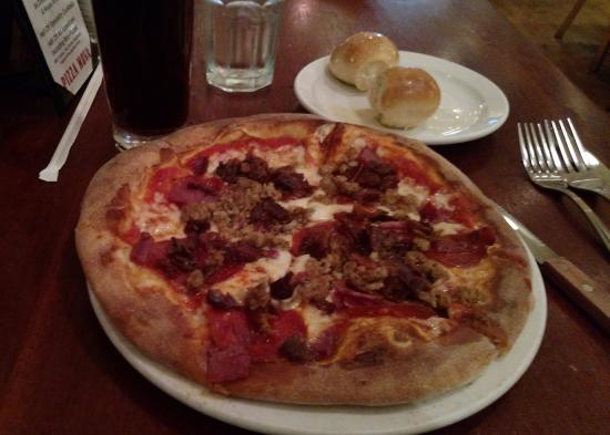 Pizza Nova : The Italian Meat Pizza