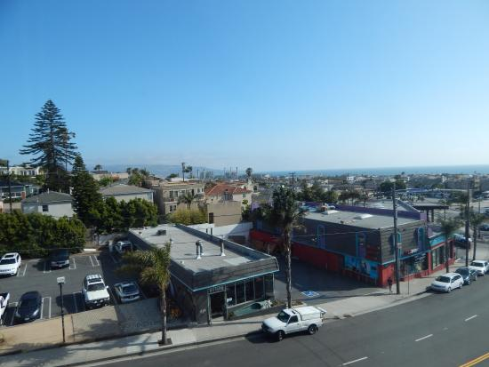Quality Inn & Suites Hermosa Beach: View from third floor suite