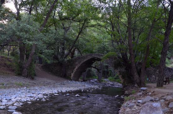 Platres, Cyprus: Мост