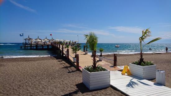 Baia Lara Hotel: Strand-Steg