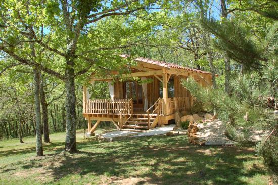 Mauzac-et-Grand-Castang, Frankrike: La cabane du lion dor