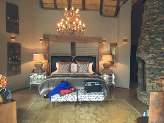 Madikwe Game Reserve, Sudáfrica: King size bed