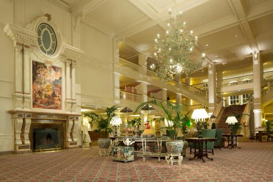 Disneyland Hotel Updated 2021 Prices Reviews And Photos Chessy Europe Tripadvisor