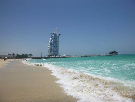 burj al arab from the beach - picture of jumeirah public beach