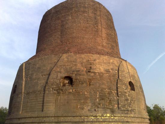 Dhamek Stupa: Stupa- Closer Look