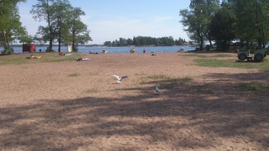 Beach Mansikkalahti