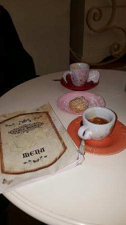 Umbria, Itália: TA_IMG_20160530_132602_large.jpg