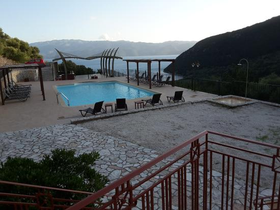 Stavros, Grecia: the evening view from our terrace toward Poli Bay