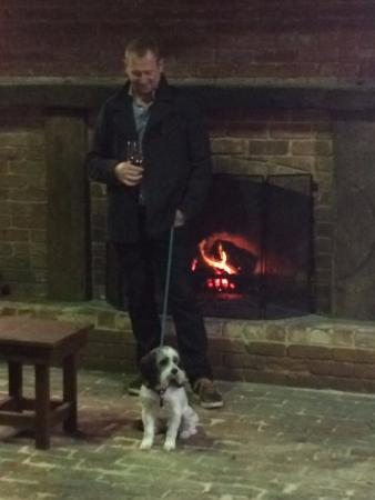 McLaren Vale, Australia: Open fire - Dog Friendly