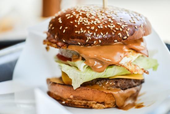 Aria Gourmet Burger
