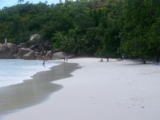 Praslin Island, Seychelles: White sand