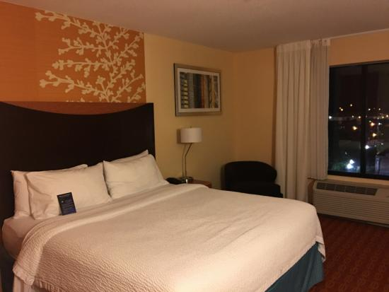 Fairfield Inn & Suites Tulsa Downtown Photo