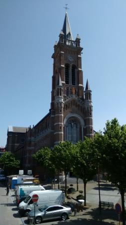 Hotel Azaert Annex : St. Rochuskirche im Stadtzentrum