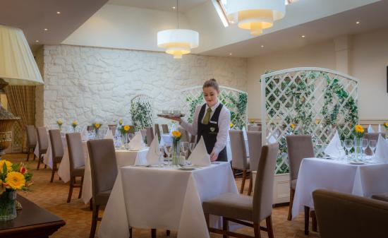Deerfields Restaurant