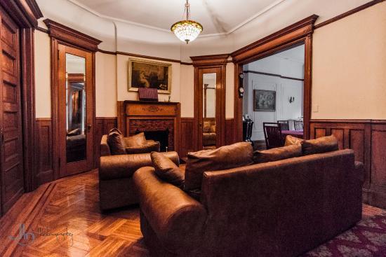 das wohnzimmer des leffert's garden - picture of serenity at home, Wohnzimmer ideen