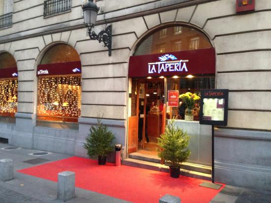 la Taperia del Prado : fachada