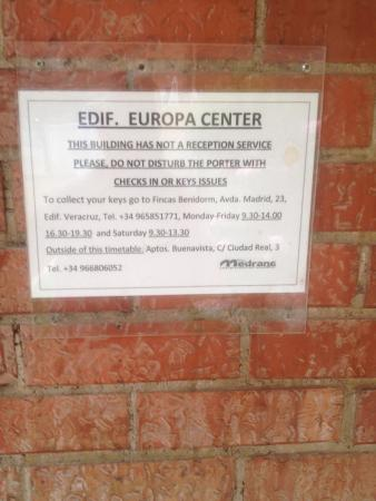 Europa Center Apartments: Key times!!!