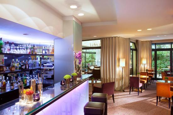 Hôtel Garden Elysée : Lounge Bar