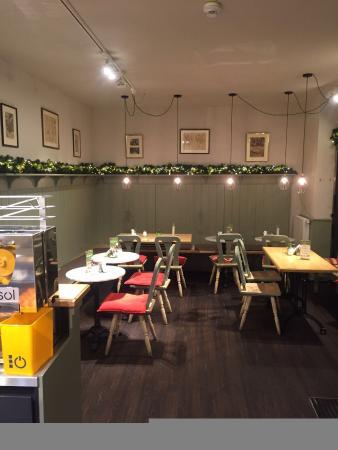 Mueller Bistro & Cafe