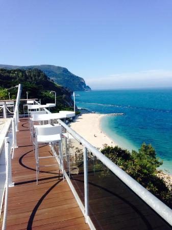 Stunning Terrazza Mare Sirolo Images - Design Trends 2017 ...
