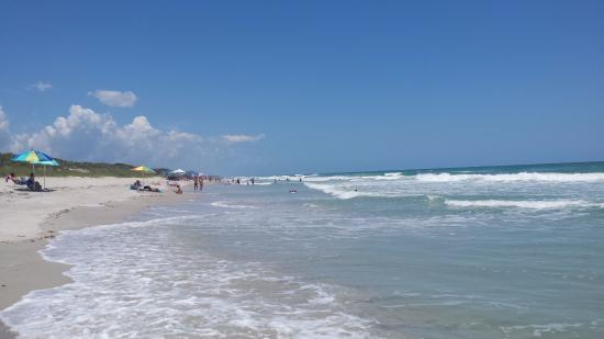 Canaveral National Seashore: Stretch of beach south