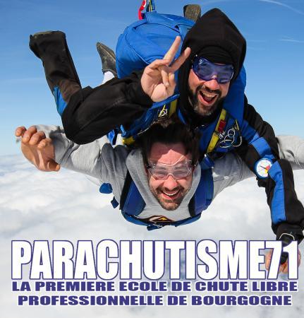 Champforgeuil, France: parachutisme 71, la première école de chute professionnelle de Bourgogne