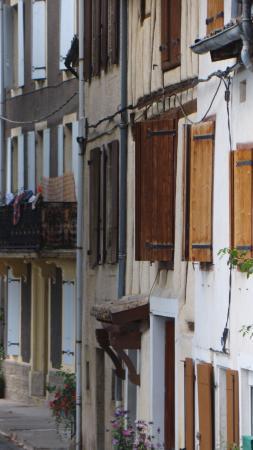 Les rues du centre ville de CHALABRE