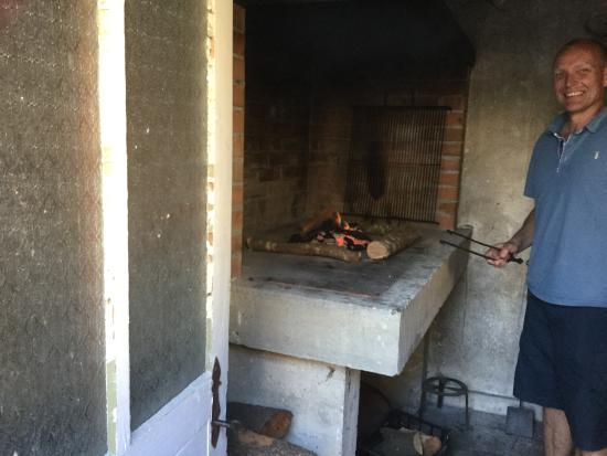 Lozica, Croácia: Indoor barbecue