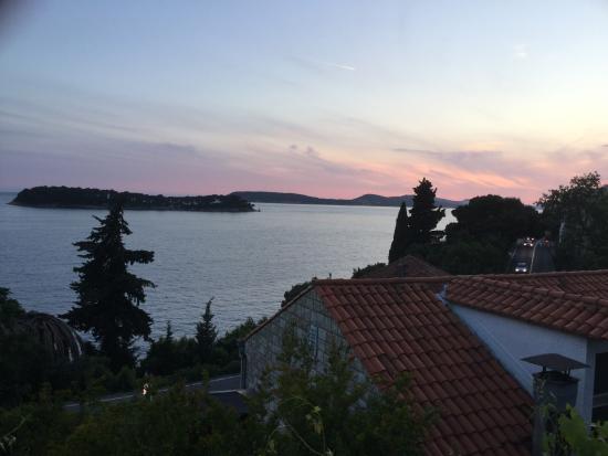 Lozica, Croácia: Sunset form the verandah