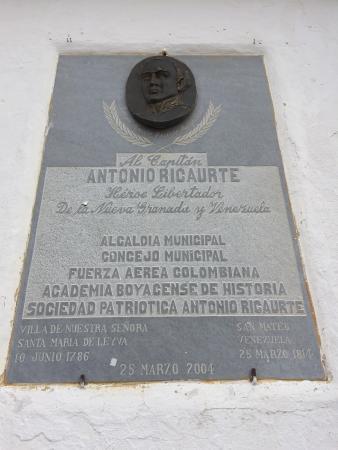"Casa Museo ""Antonio Ricaurte"""