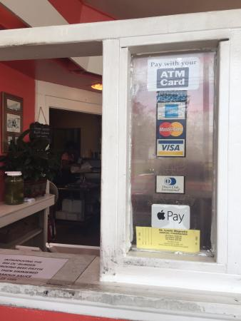 Takes credit cards and even apple pay! - Picture of C & K Barbecue