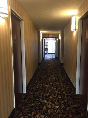 Eastland Suites Hotel & Conference Center: Hall