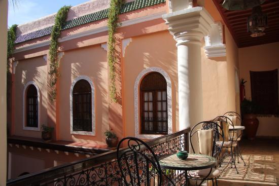 Riad Amina: Balcony