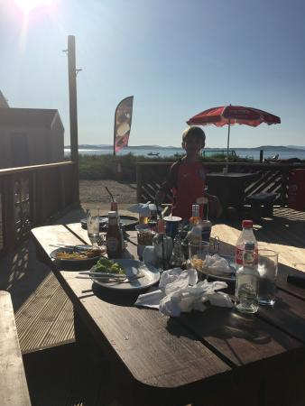 Tayinloan, UK: Great lunch at Big Jessie's on the new decking under blue skies