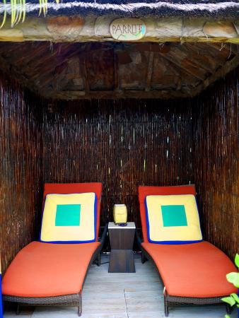 Rock House: Our private cabana for the Parrot room