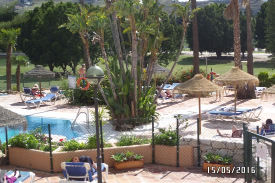 Matchroom Country Club: view of sun lounge area at pool side