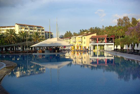 Barut Hotel Arum Resort Spa Side