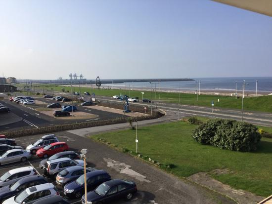 BEST WESTERN Aberavon Beach Hotel: side room view