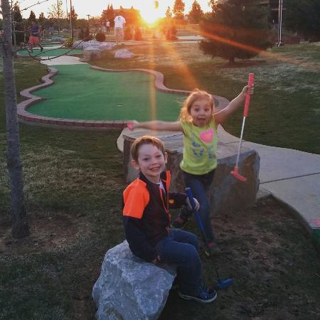 Lowell, AR: Golf Mountain Mini Golf