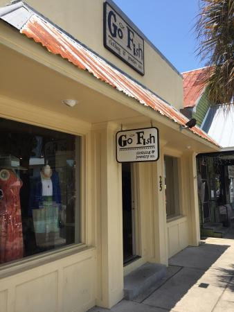 Go fish clothing jewelry co apalachicola aktuelle for Go fish clothing