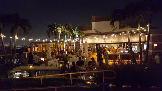 rooftop bar - Picture of 1 Hotel South Beach, Miami Beach ...